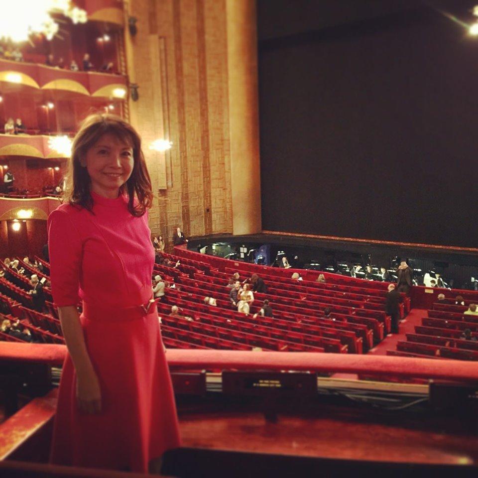 メトロポリタン歌劇場でオペラ!なんとも演出が華やかで楽しい「リゴレット」