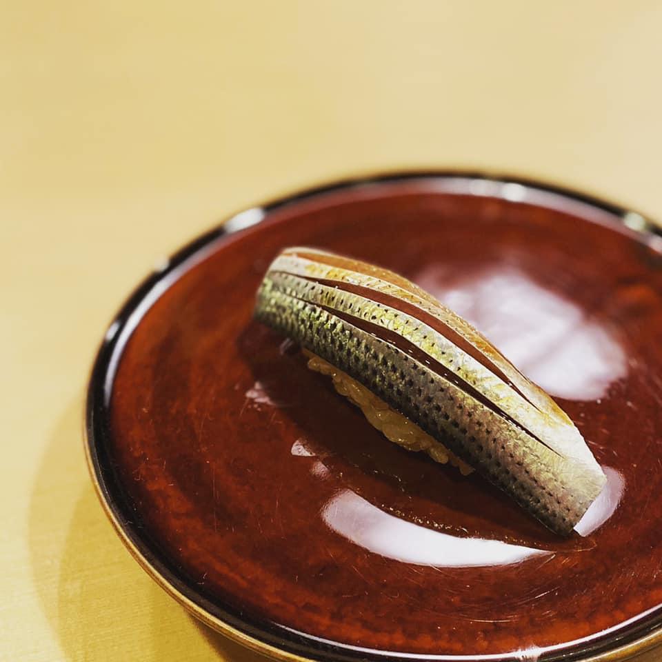 ミシュラン三ッ星を取っても全くぶれない。美しすぎる「右江田」の寿司
