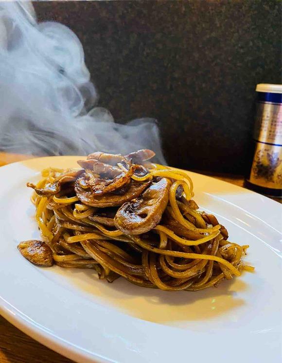 名古屋「変態」熟成麺打ち士の魅惑の炭水化物祭り!久々のラーメンだ~っ