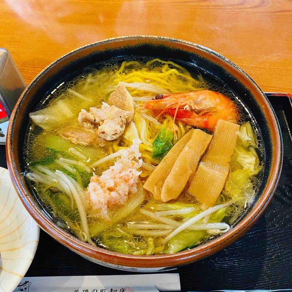 イクラと海鮮たっぷり♡知床半島ウトロ「荒磯料理くまのや」へ【夏の思い出】