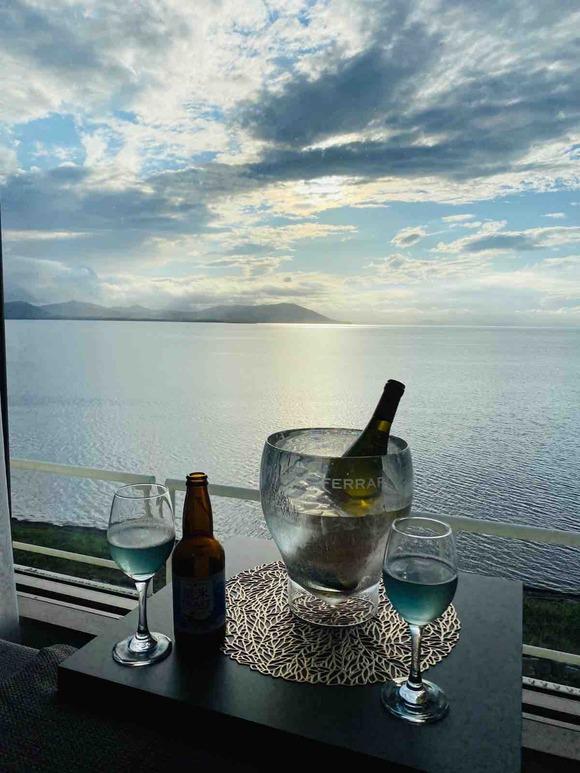 夏の思い出「サロマ湖に沈む美しい夕日のためのホテル」サロマ湖鶴雅リゾート