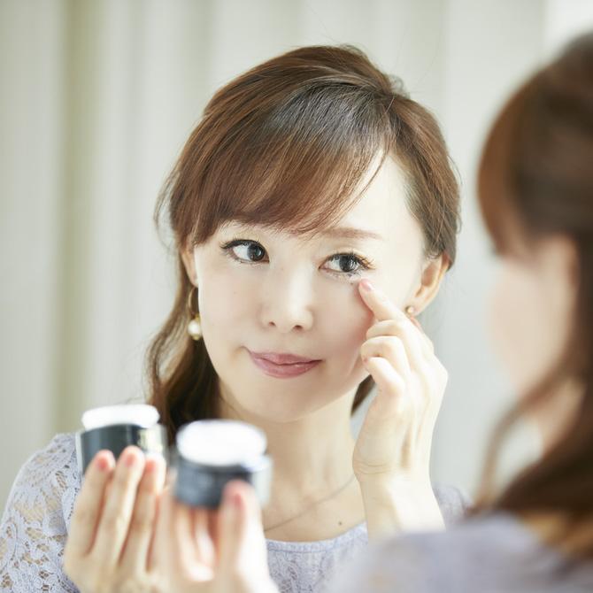 美容業界大注目の幹細胞コスメ ハリのある目元を実感!