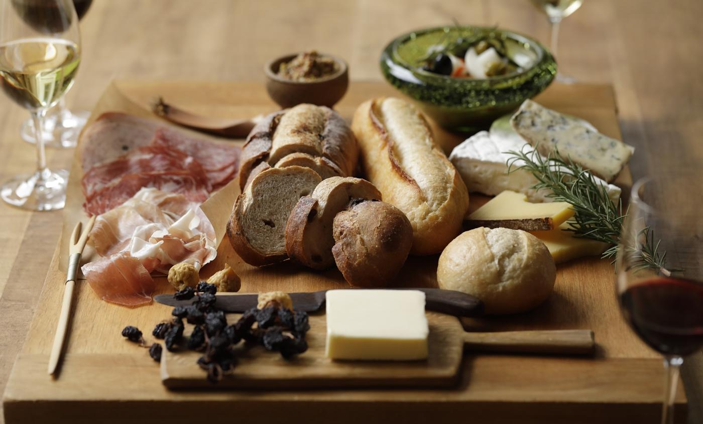 贈り物やホムパは 〈L'Oven(ル・オーブン)〉 のパンにお任せ【PR】