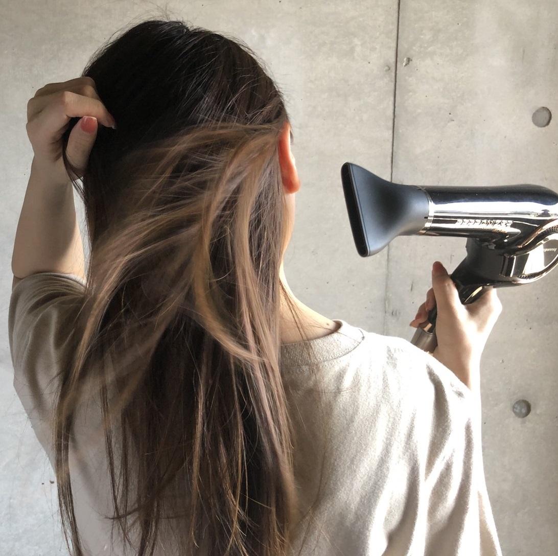 〈レプロナイザー〉の最新モデルは、果たしてツヤ髪になれるのか