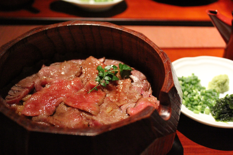 名古屋・栄にオープンした「肉 澤正」の和牛ひつまぶしに注目