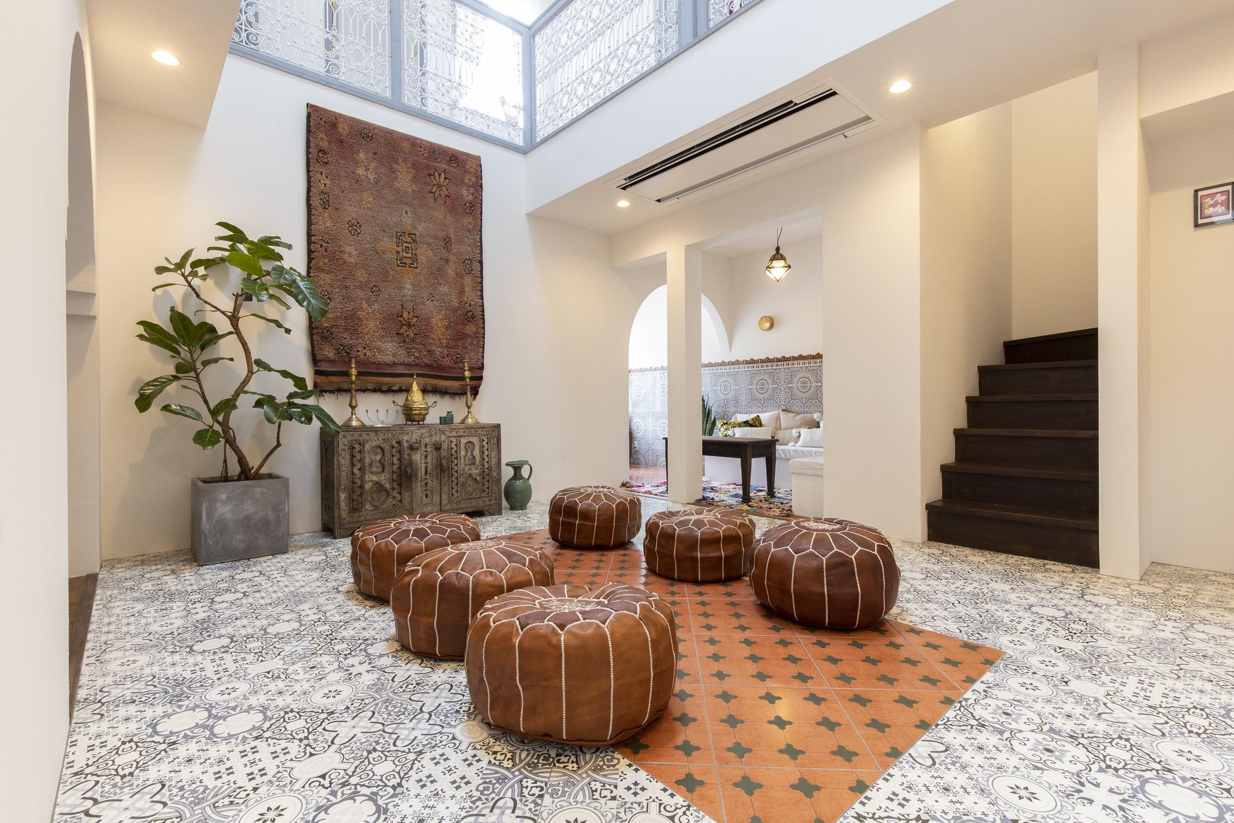 大人のゲストハウス「RIAD NANA」が恵那市にオープン